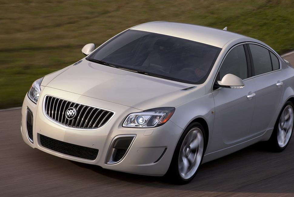 Buick-Regal_GS-Sleeper-Gear-Patrol