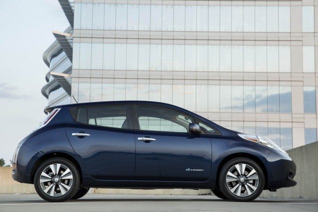 2018 nissan leaf colors. beautiful leaf 2017 nissan leaf inside 2018 nissan leaf colors
