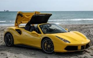 Ferrari 488 Spider roof folding