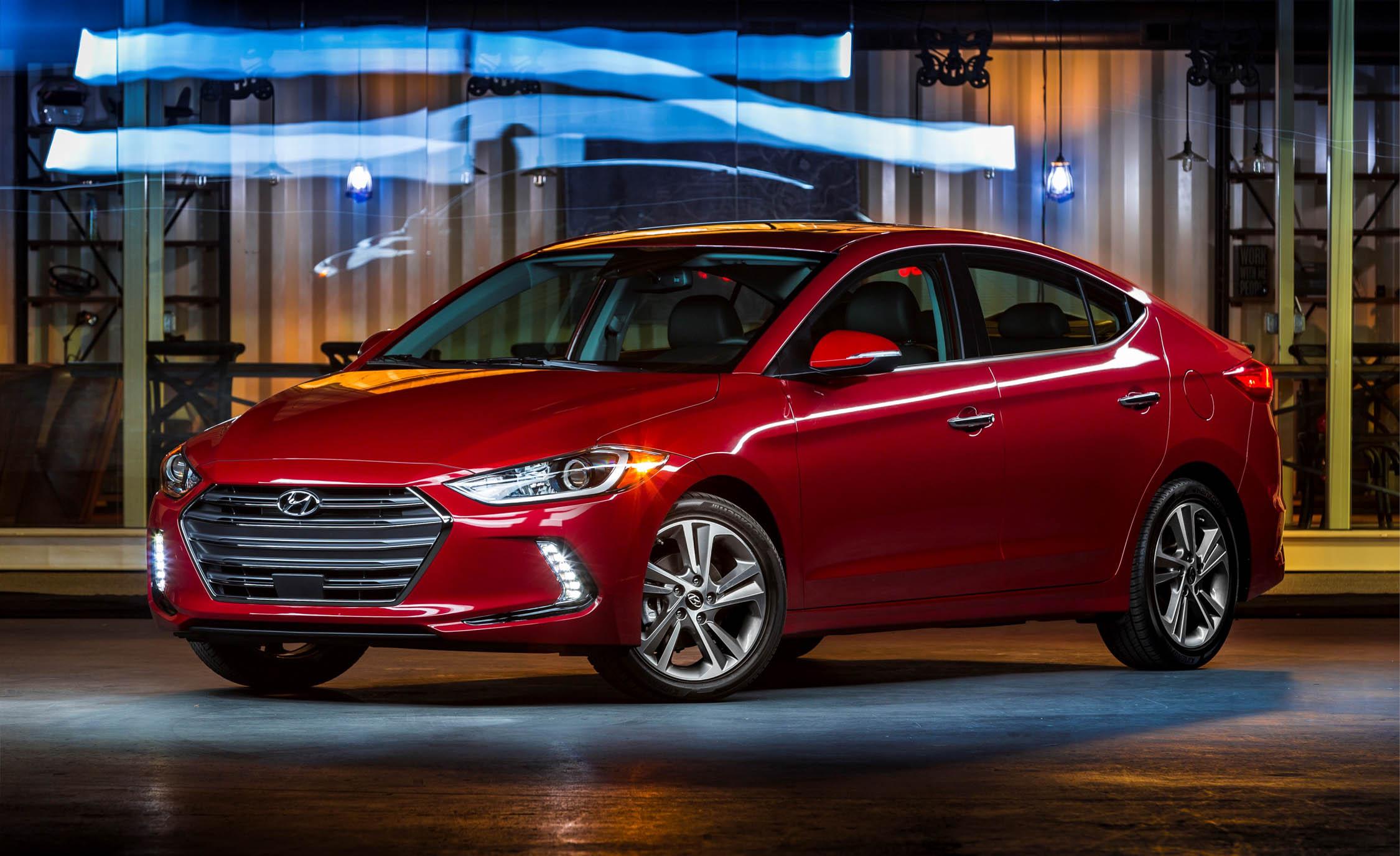 New-Hyundai-Elantra-2017