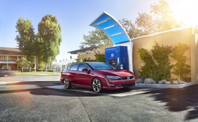 2017-honda-clarity-fuel-cell_