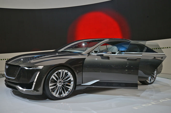 Cadillac-Escala-Concept-Brushed-Metal-Trim