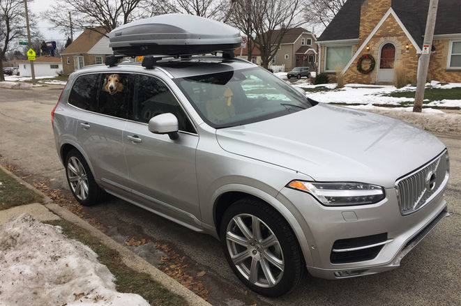 2016-Volvo-XC90-T6-AWD-Inscription-front-three-quarter
