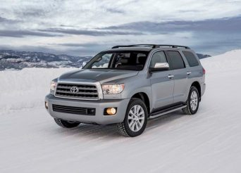 2017-Toyota-Sequoia-4x4-Platinum-front-three-quarters